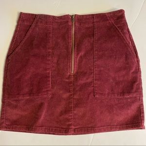 NWT Burgundy Zipper Corduroy Skirt With Pockets